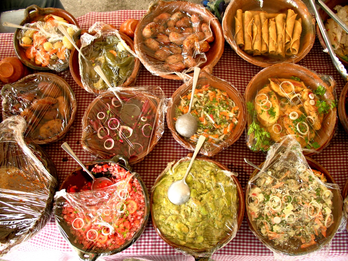 Typical guatemalan dishes to learn antigua culinary arts for Antiguan cuisine